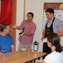 Další zájemci nacvičovali praktické sommelierské dovednosti